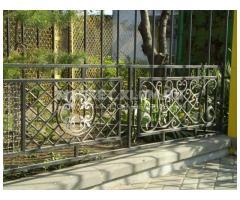 Изготовление ворот, дверей, ограждений, оград, решёток из металла и другое.